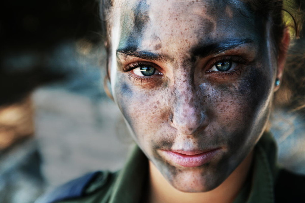 IDF girl soldier
