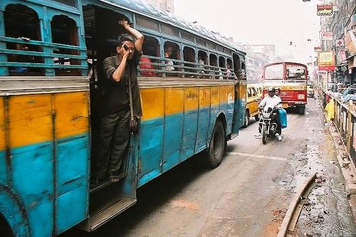 kolkata bus