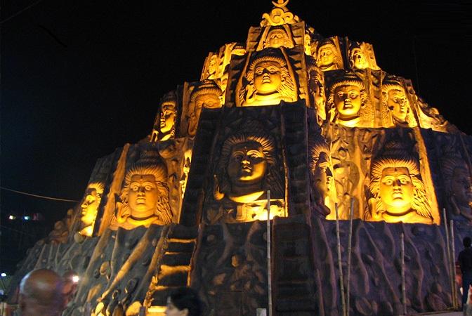 Mohammed Ali Park Durga puja pandal
