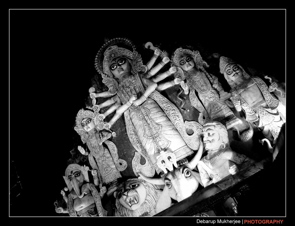 deshapriya park biggest durga idol