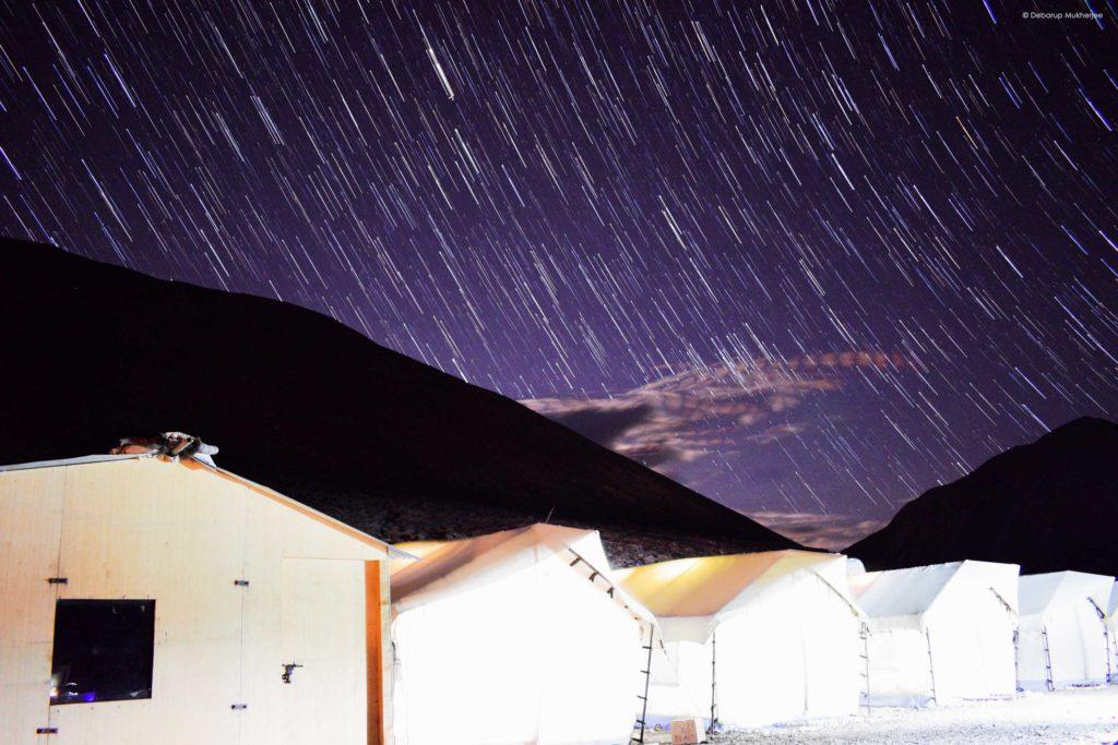 night sky at pangong lake
