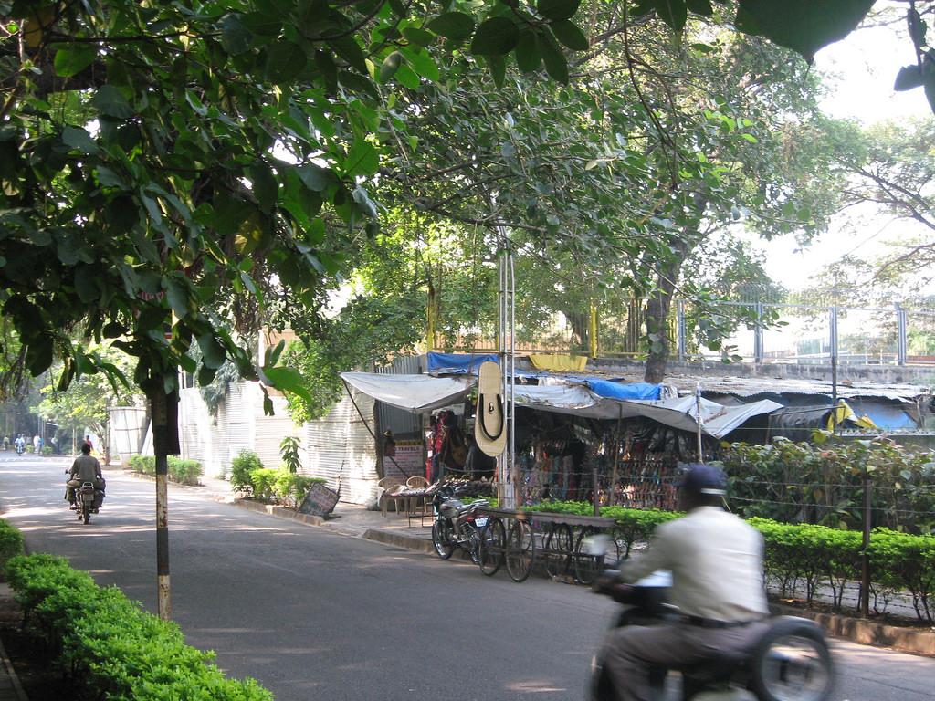 Osho Commune, Pune