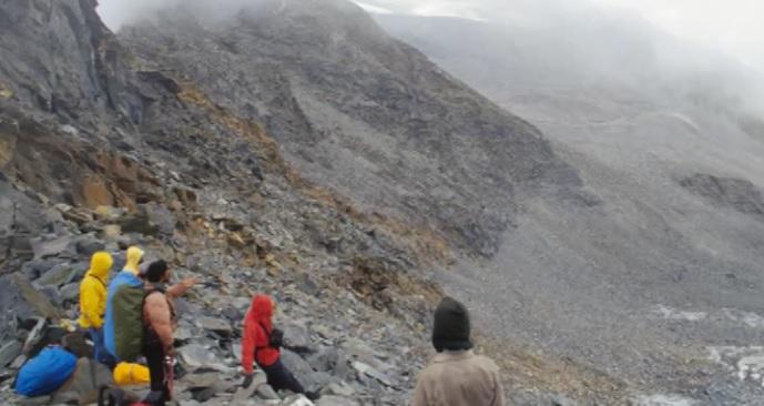 Dhumdhar Pass Trek
