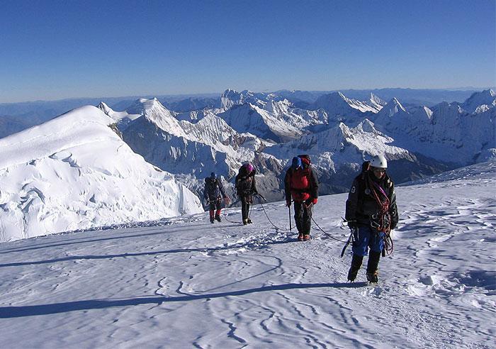 Huascarán climbing