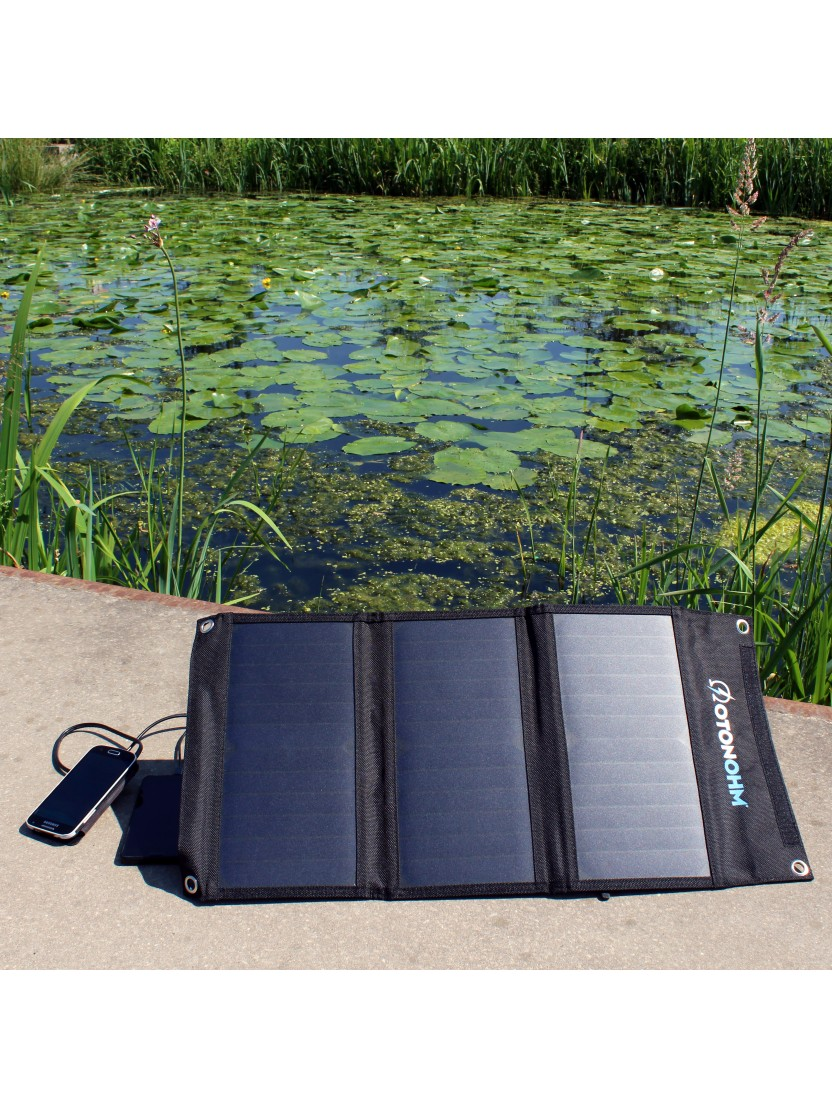 solar charger for trekking