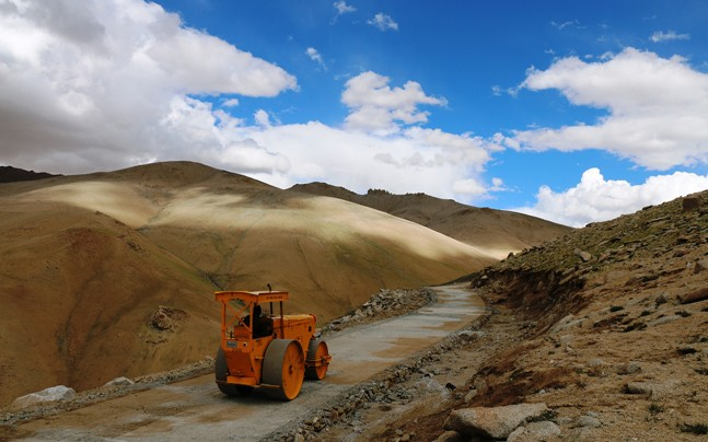 Umling La Pass bro worlds highest motorable road ladakh